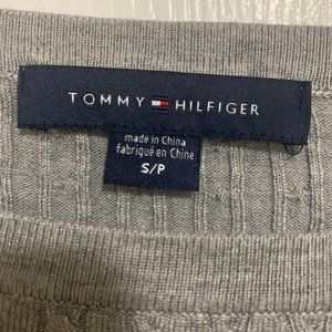 Tommy Hilfiger Tops - Tommy Hilfiger Grey Long-Sleeve Knitted Top